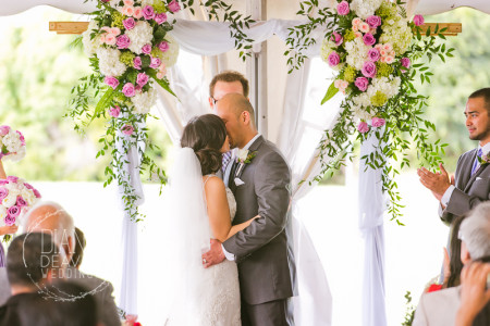 island house wedding photography in a wedding tent by diana deaver weddings (5)