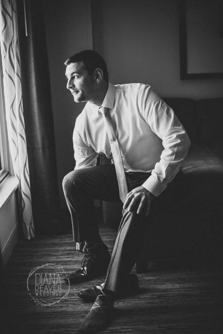 groom getting ready photos wedding photographer diana deaver weddings