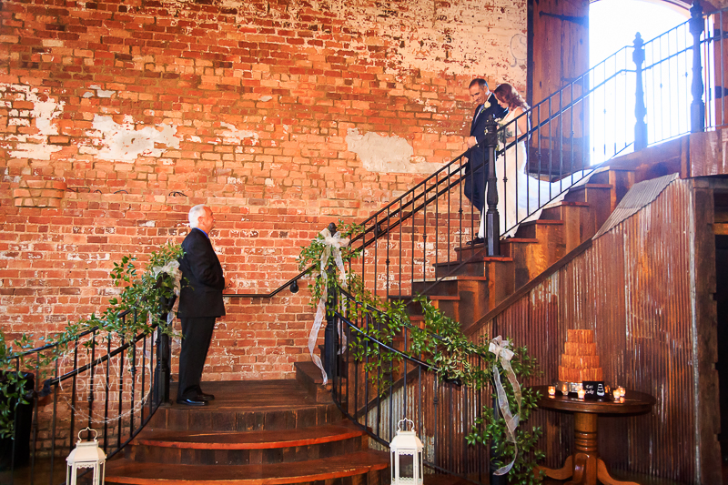 wedding photos old cigar warehouse greenville sc