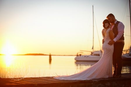 wedding photos at regatta inn folly beach sc by diana deaver weddings